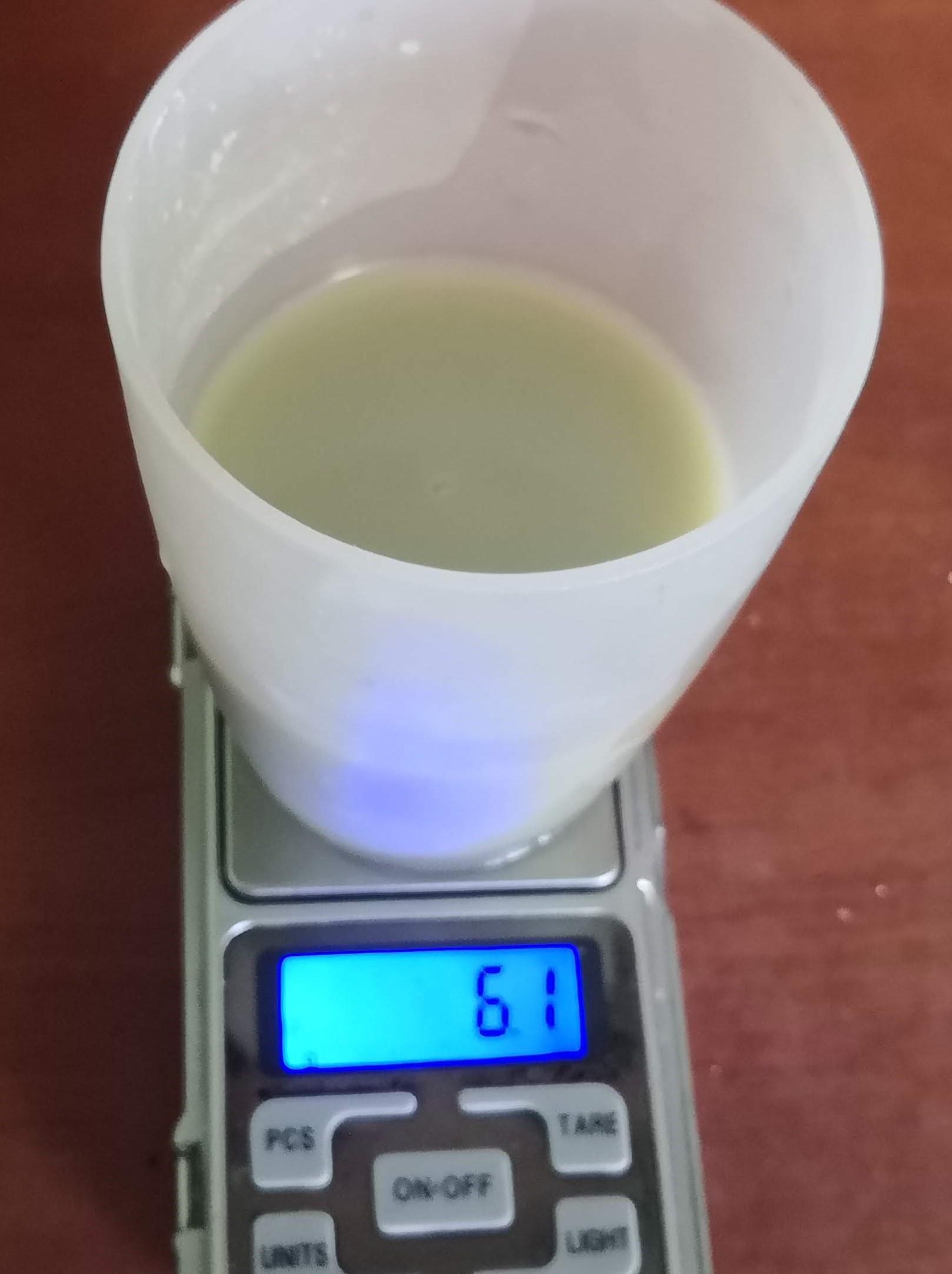 Odvážení OxyBioAkva na váze pro 300 litrové akvárium